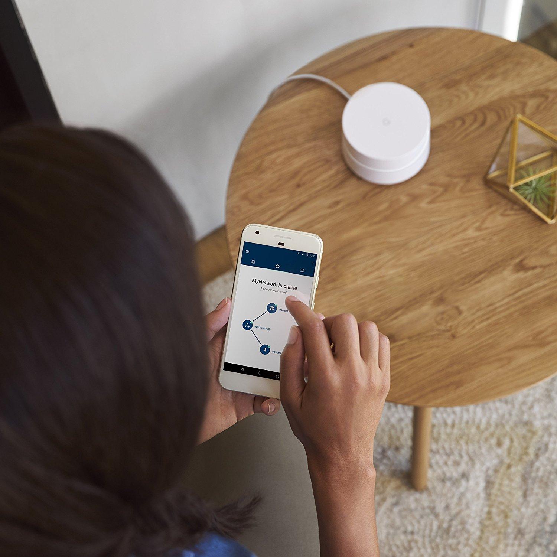 Dos de las mejores alternativas a Google WiFi en 2017, Netgear Orbi y Linksys Velop