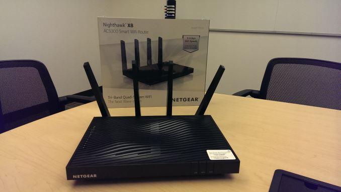 Modem router Netgear Nighthawk D8500, wifi tribanda VSDL/ADSL, análisis, características