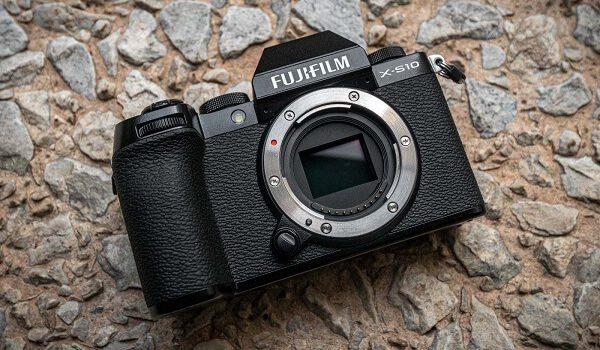 Fujifilm Fuji X-S10